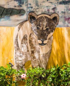 Плантатор с мраморным львом